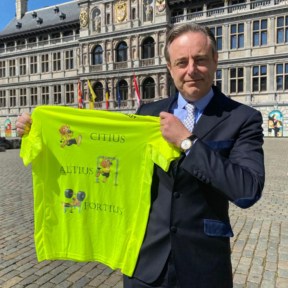 T-Shirt Container Cup Bart De Wever